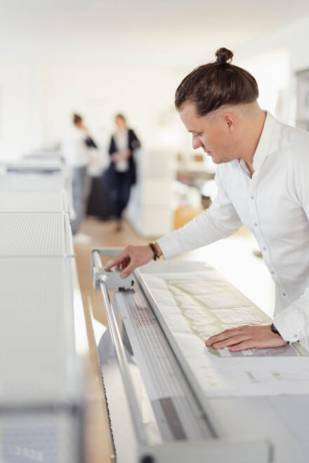 hauser-design-baupläne-beschneidung-im-planungsbüro