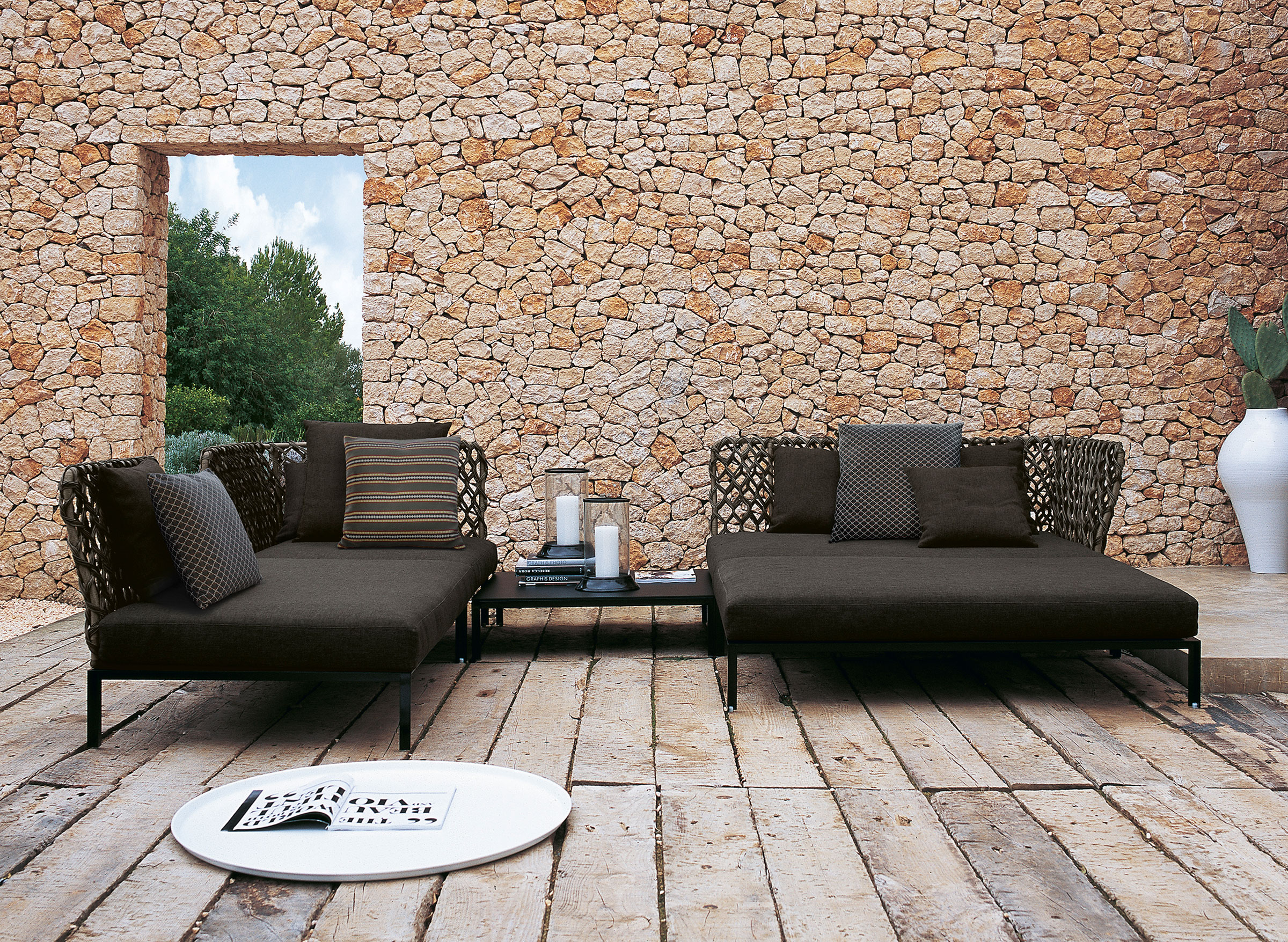 hauser-design-b&b-italia-loung-ravel-in-dunkel