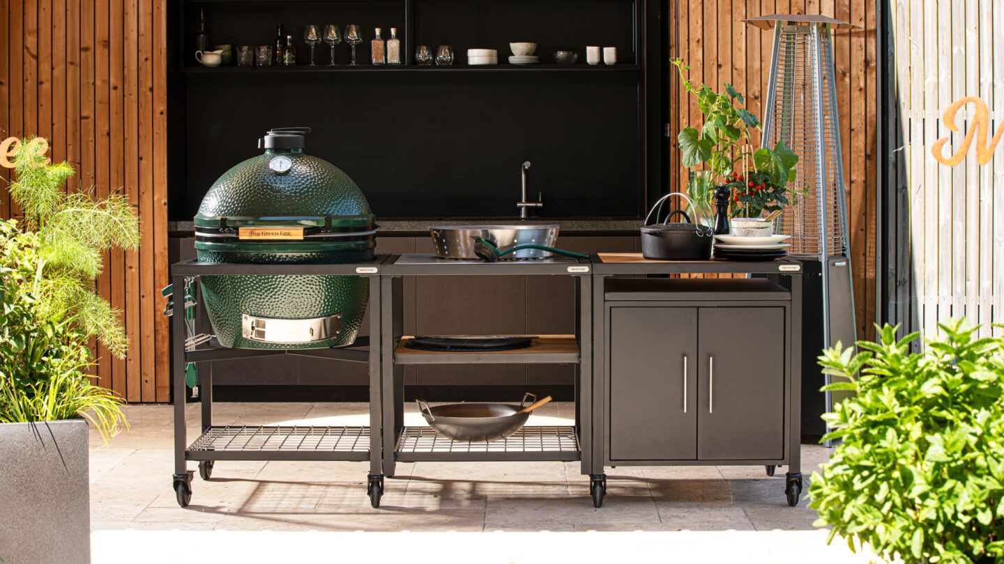hauser-design-big-green-egg-built-in