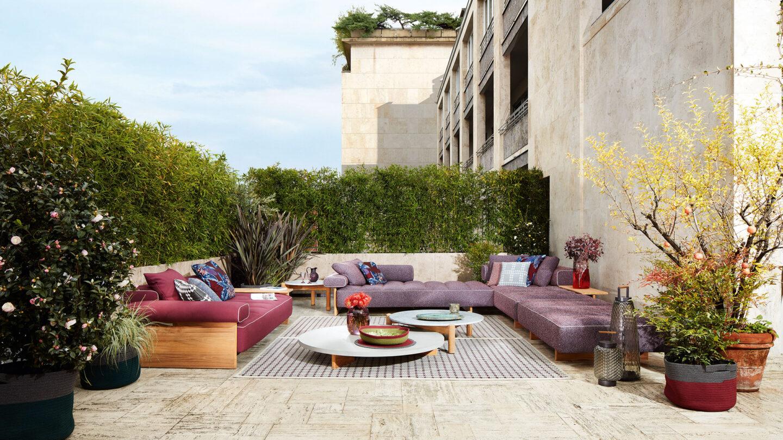 hauser-design-cassina-sofa-sail-out-in-violette