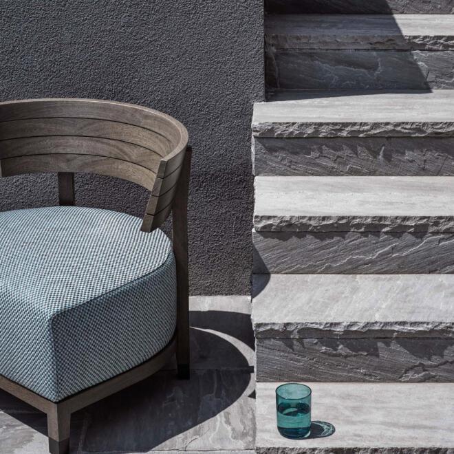 hauser-design-flexform-thomas-outdoor-sessel-in-blau