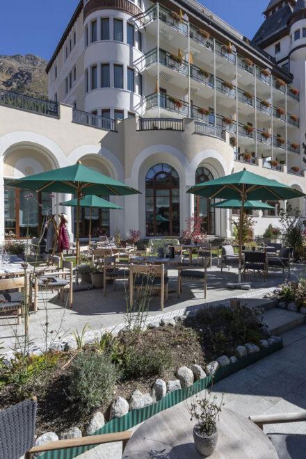hauser-design-hotel-walther-terrasse-aussenbereich