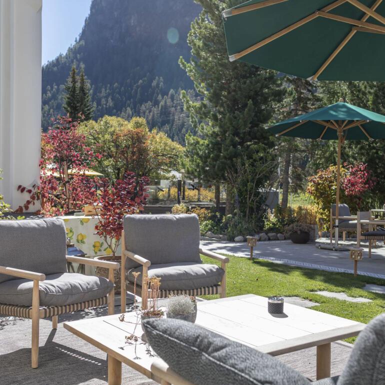 hauser-design-hotel-walther-terrasse-und-tibbo-lounge