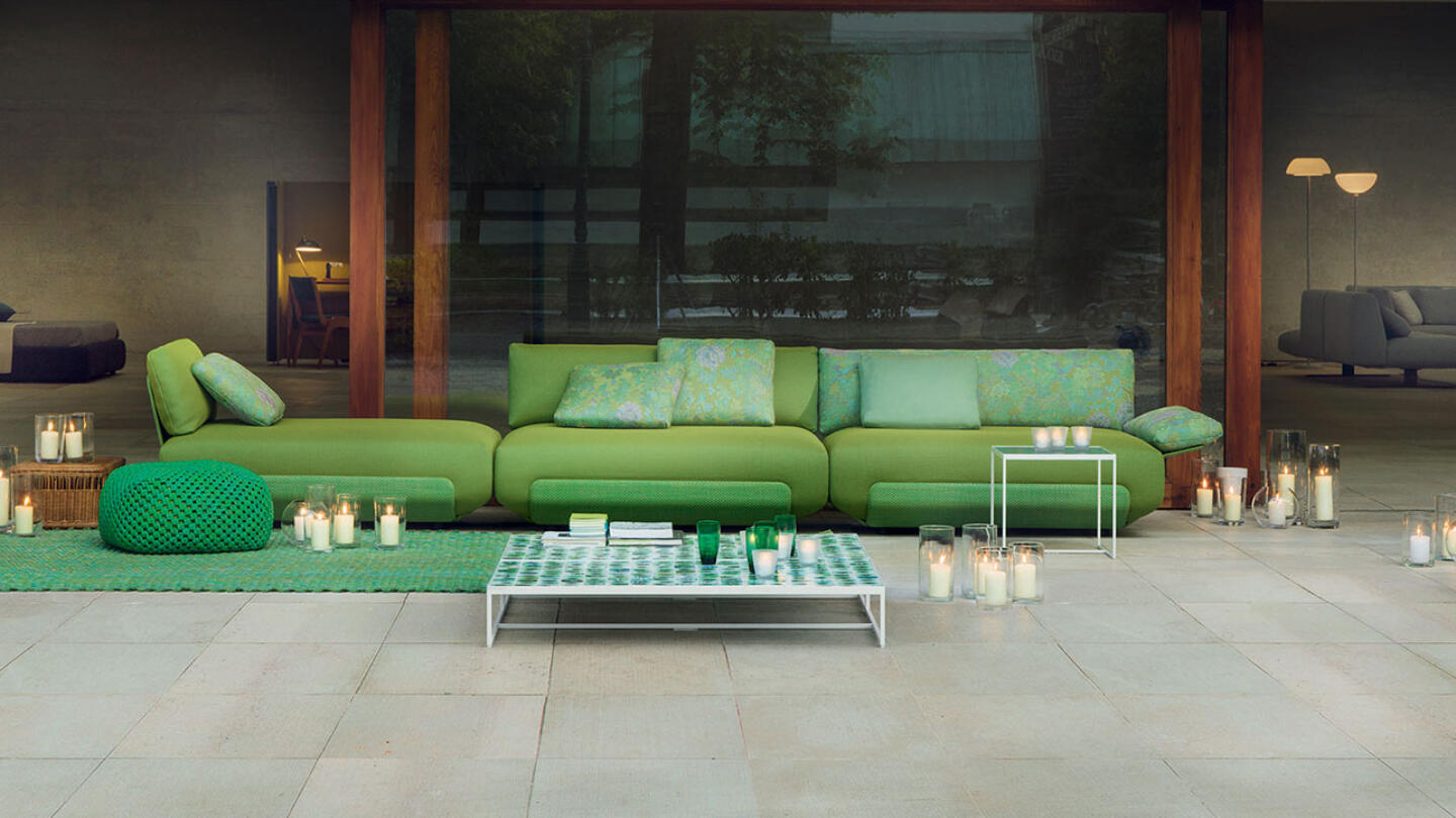 hauser-design-paola-lenti-sofa-kollektion-in-grün