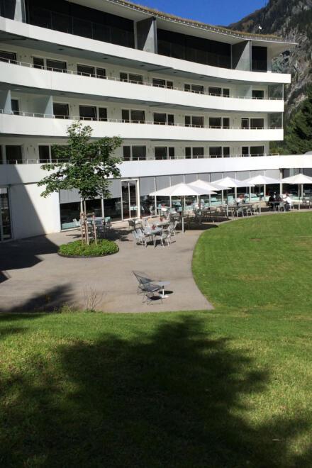 hauser-design-referenz-hotel-7132-vals-terrasse-vorher-obenansicht