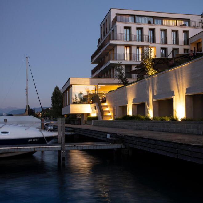hauser-design-referenz-hotel-alex-beleuchtete-pflanzen