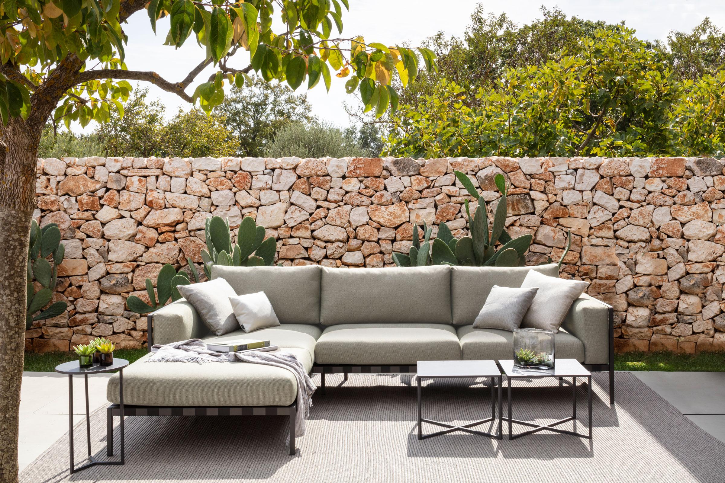 hauser-design-loungesituation-alu-natal-von-tribu