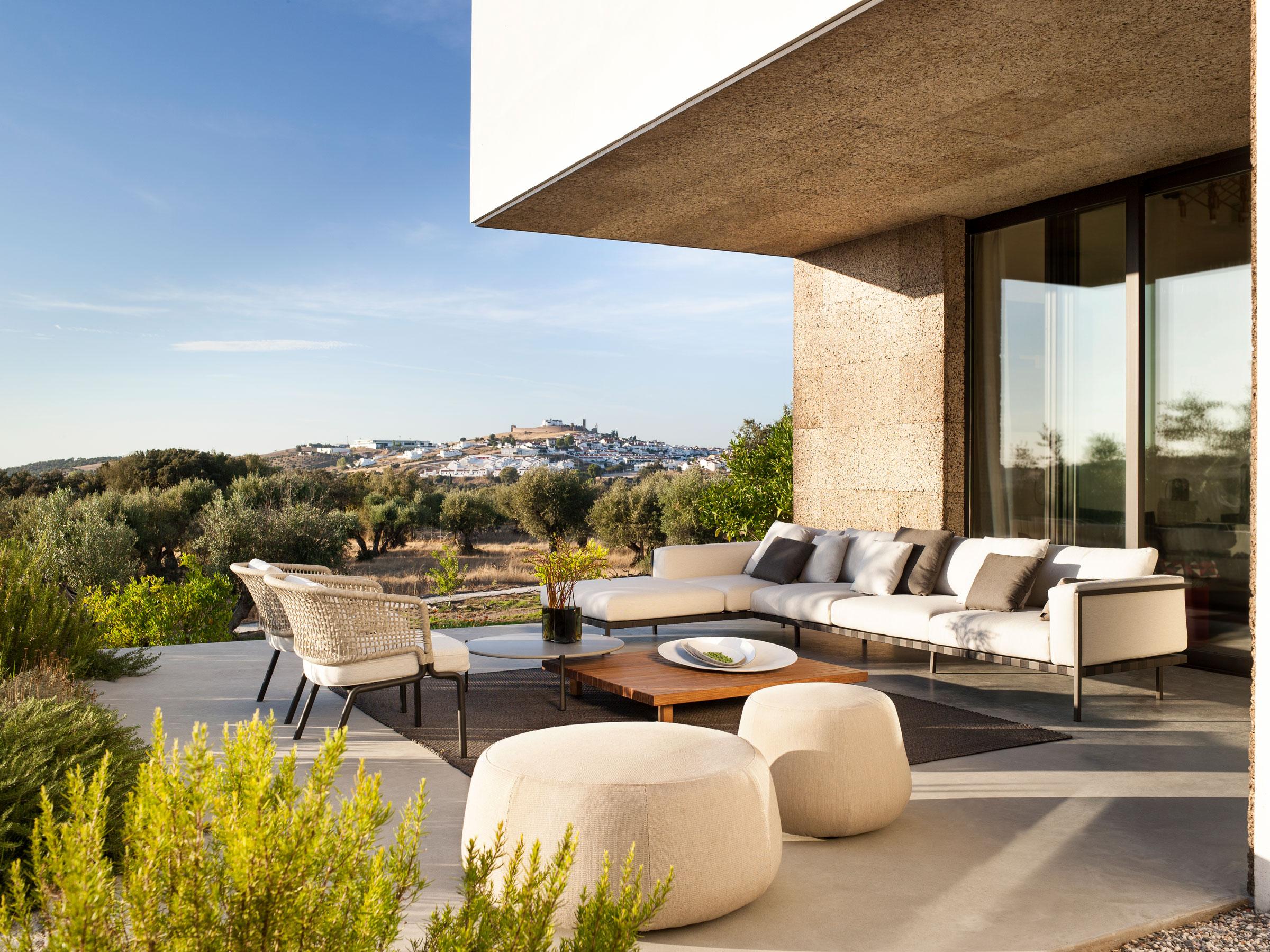 hauser-design-loungesituation-von-tribu